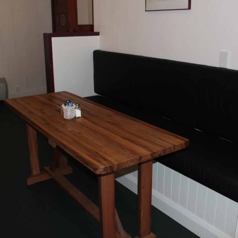 The Sellers Room - Space saving tables