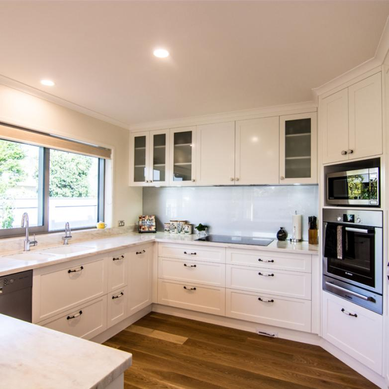 The Sellers Room - Light Bright and Airy Kitchen