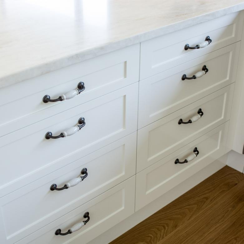 The Sellers Room - Classy kitchen drawer handles