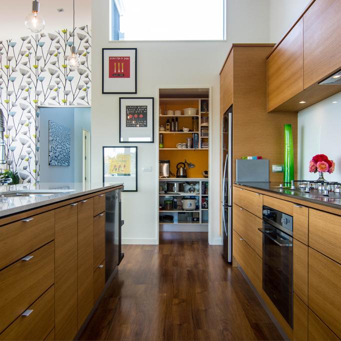 Modern Wooden Kitchen Designs: Warm Wooden Kitchen Design